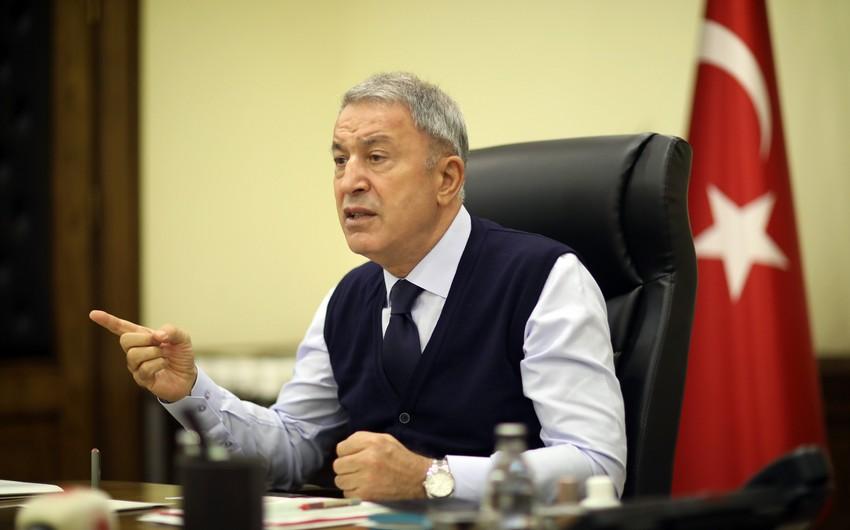 Ermənistanın qətliamları qarşısında susanlar ikiüzlüdürlər - Hulusi Akar