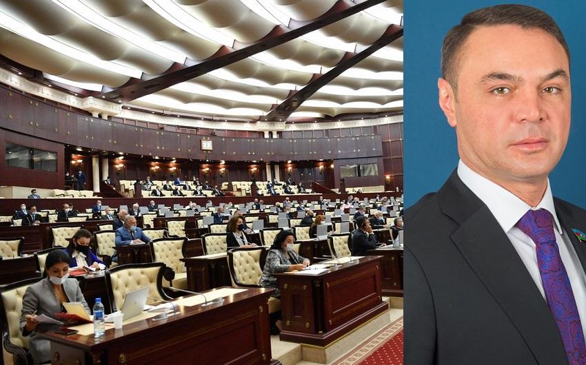 53 deputat Eldəniz Səlimova qarşı: Spikerə müraciət