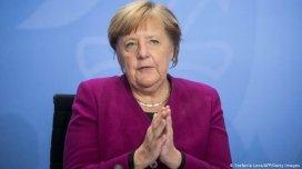 Koronanın 3-cü dalğasına qalib gəldik - Merkel