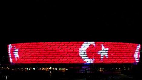 Bakı Olimpiya Stadionu Türkiyə bayrağı ilə işıqlandırılacaq