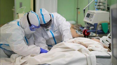 Tibb işçisi və arvadı koronavirusun qurbanı oldu