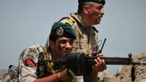 İranda atışma - 4 hərbçi həlak oldu