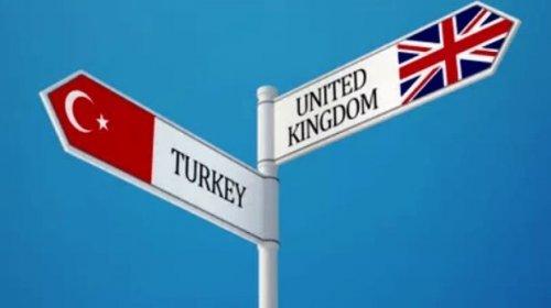 """İngiltərə Türkiyəni """"qırmızı siyahı""""dan çıxarır"""